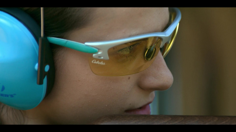 Cabela's Shooting Glasses Anjelica Bette Fellini as Blair in Teenage Bounty Hunters S01E07 (2)