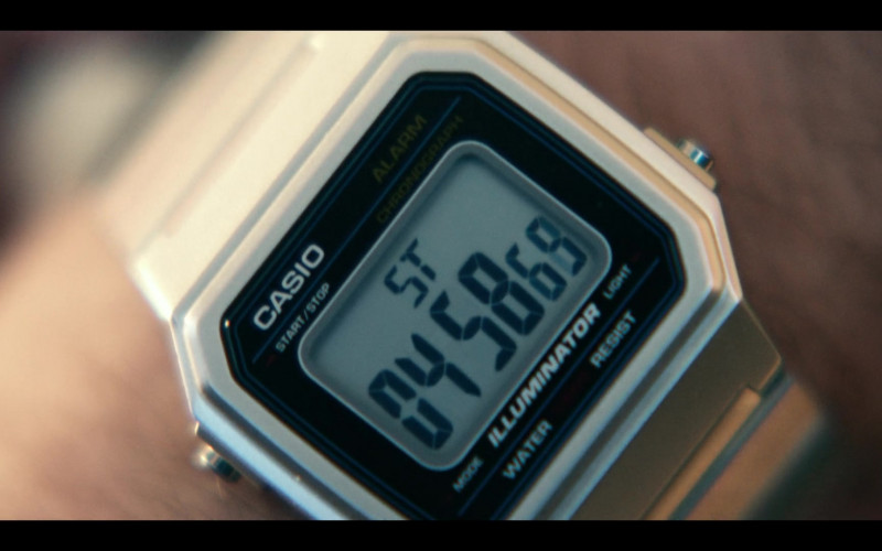 Casio Illuminator Watch of Joseph Gordon-Levitt in Project Power (1)