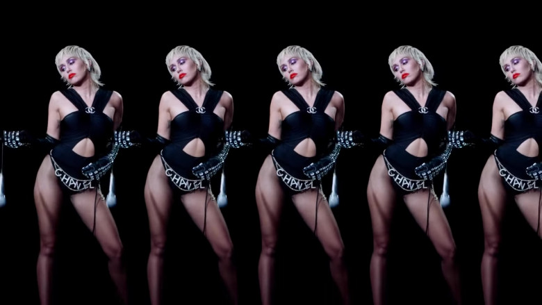 Chanel in Midnight Sky by Miley Cyrus (8)