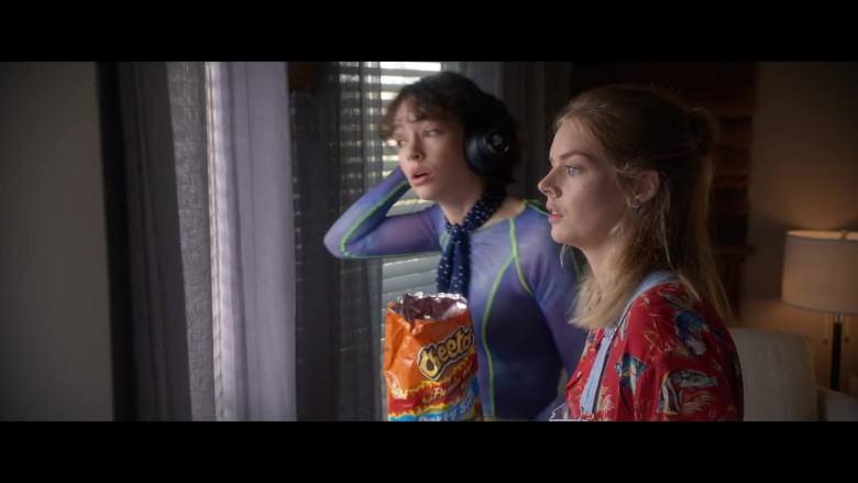 Cheetos Snacks of Brigette Lundy-Paine & Samara Weaving in Bill & Ted Face the Music (1)