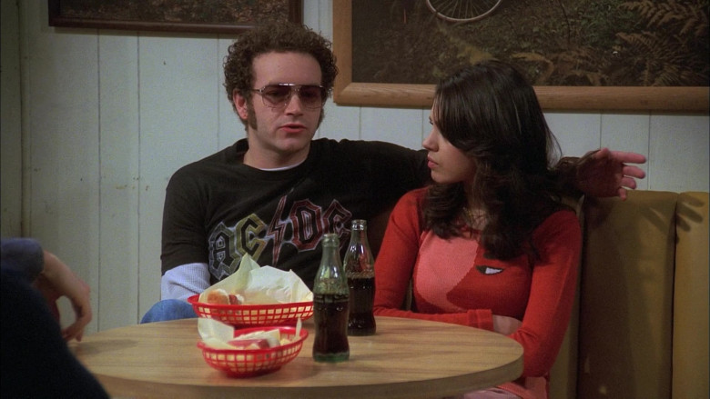 Coca-Cola Soda Drinks Enjoyed by Danny Masterson as Steven Hyde & Mila Kunis as Jackie Burkhart (1)