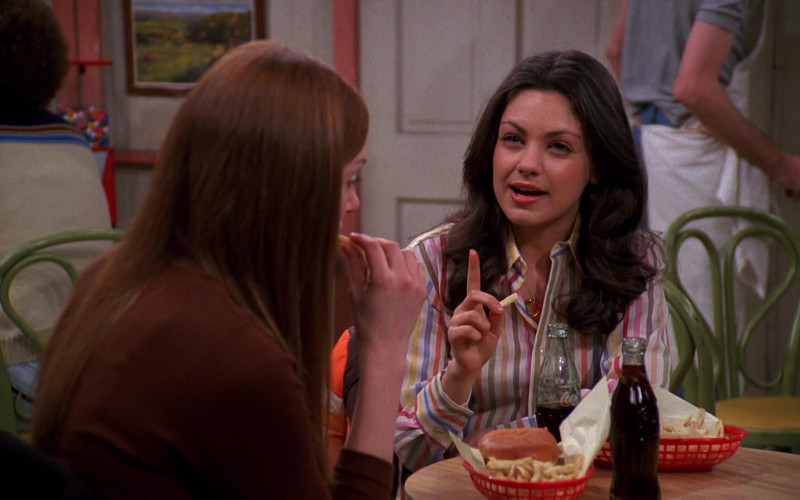 Coca-Cola Soda of Mila Kunis as Jackie Burkhart in That '70s Show S04E21