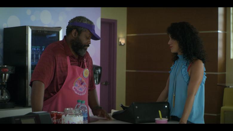 Coca-Cola Soft Drinks and Dasani Water in Teenage Bounty Hunters S01E04