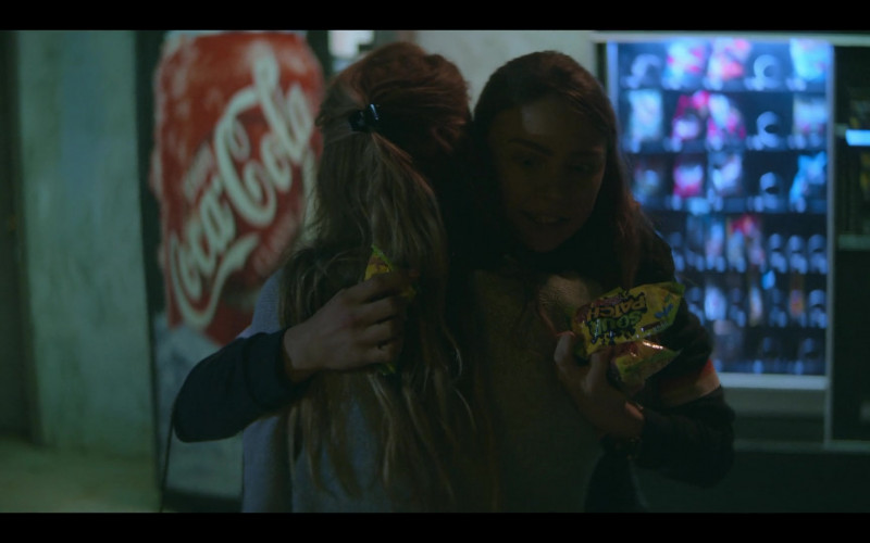 Coca-Cola and Sour Patch Kids Candies in Teenage Bounty Hunters S01E10