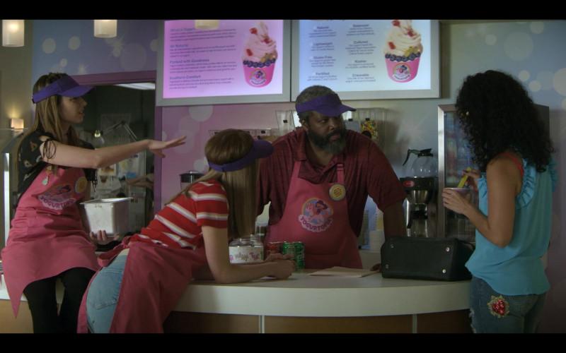 Coca-Cola and Sprite in Teenage Bounty Hunters S01E04 Basically Pluto (2020)