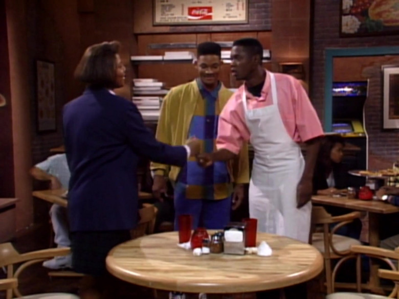 Coca-Cola in The Fresh Prince of Bel-Air S02E08 (1)