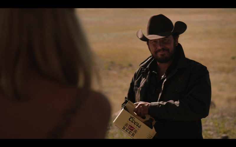 Coors Banquet Beer Pack in Yellowstone S03E07 (2)