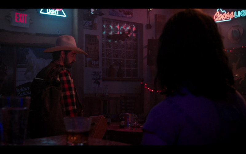 Coors Light Neon Sign in Yellowstone S03E09