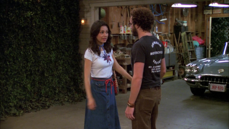 Danny Masterson as Steven Wears Owaneco Motorcycle Service T-Shirt in That '70s Show (3)