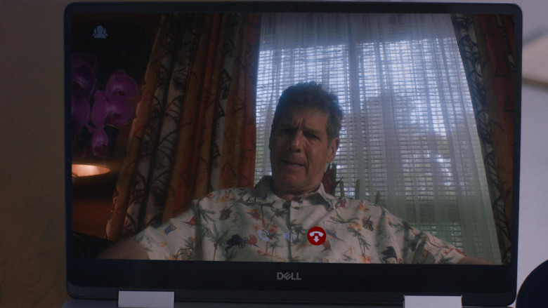 Dell Laptop in P-Valley S01E04 (2)