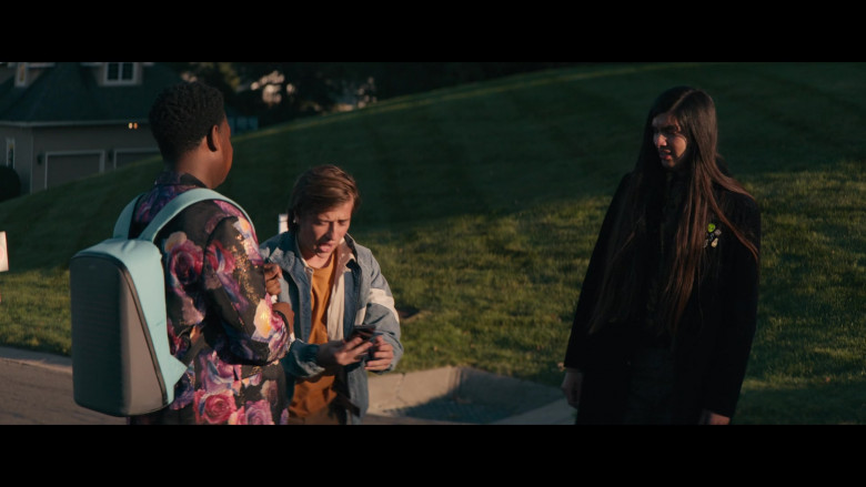 Dexter Darden as Hags Carrying Pix Digital Backpack in The Binge Movie (3)