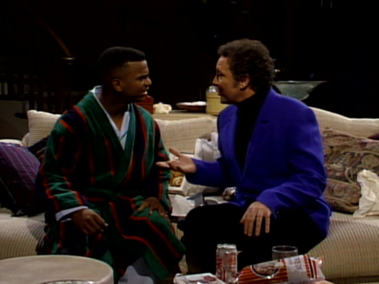 Diet Coke Soda Enjoyed by Alfonso Ribeiro as Carlton Banks in The Fresh Prince of Bel-Air S03E18 (2)