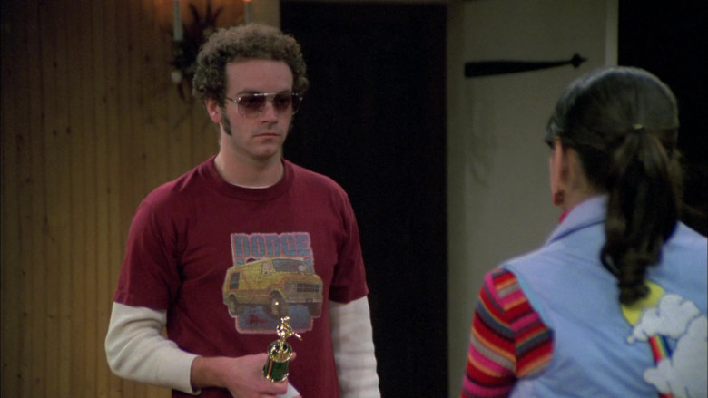 Dodge T-Shirt Outfit of Danny Masterson as Steven Hyde in That '70s Show S05E12 (1)