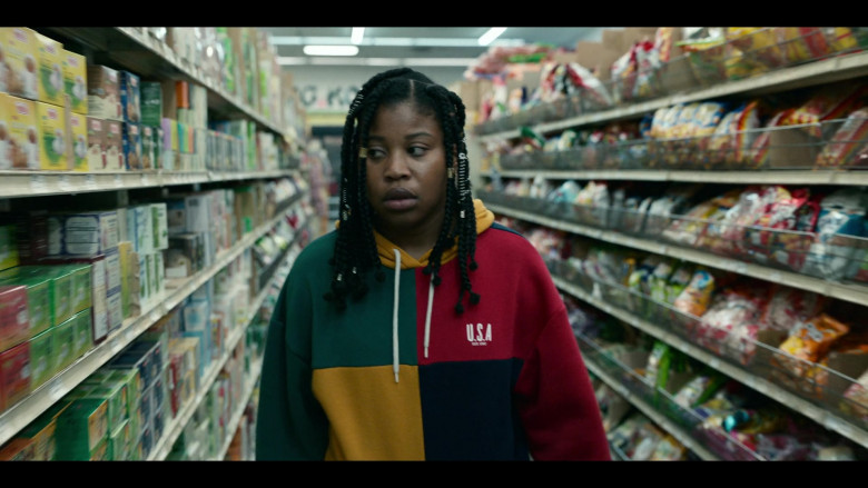 Dominique Fishback as Robin Wears Urban Outfitters UO Colour-Blocked USA Est. 1992 Hoodie Outfit in Project Power (1)