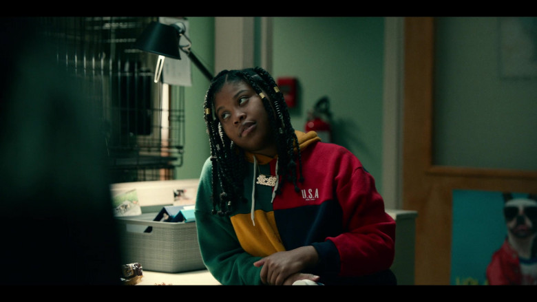 Dominique Fishback as Robin Wears Urban Outfitters UO Colour-Blocked USA Est. 1992 Hoodie Outfit in Project Power (2)