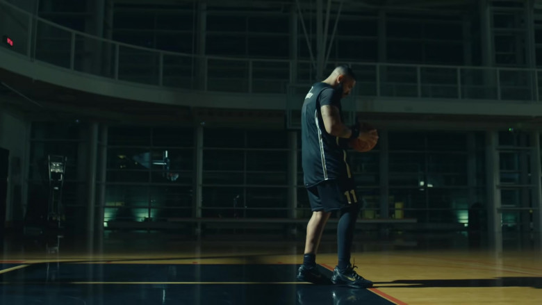 Drake Wears Nike Black Shoes, Shorts and Tee Outfit (1)