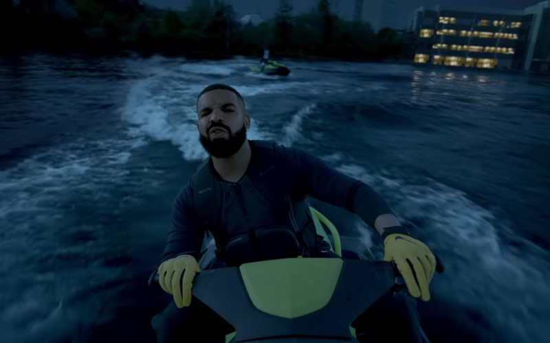 Drake Wears Nike Yellow Gloves