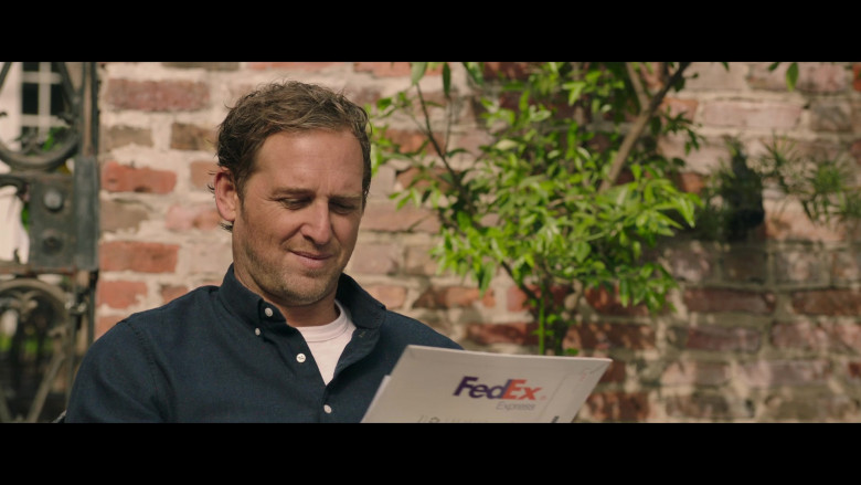 FedEx Express Parcel of Josh Lucas as Bray Johnson (2)