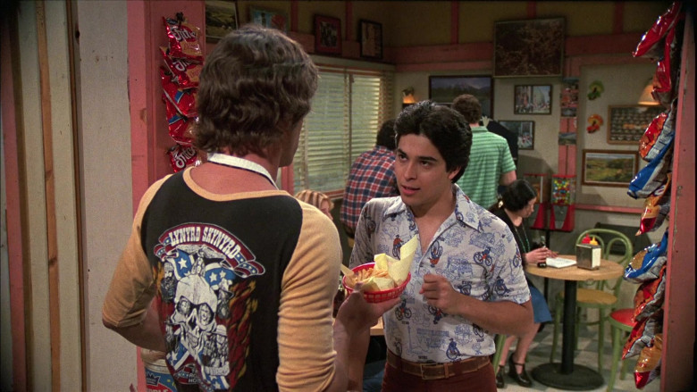 Fritos Corn Chips in That '70s Show S05E21