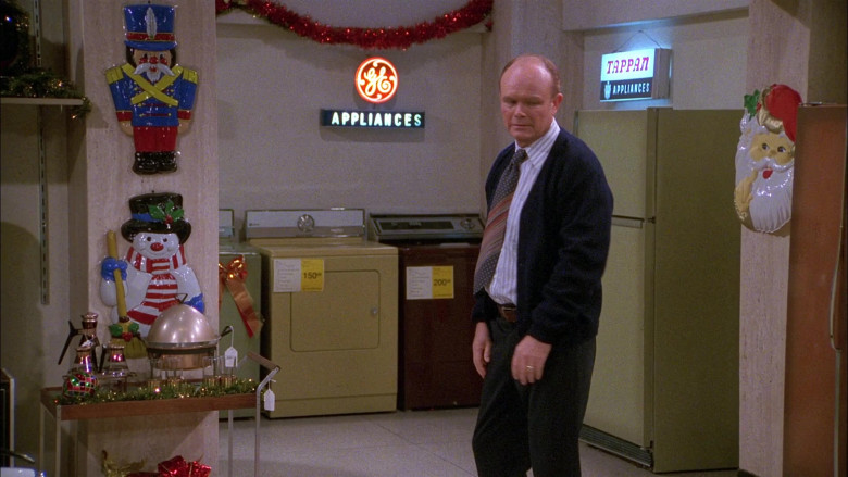 General Electric and Tappan Signs in That '70s Show S01E11 (2)