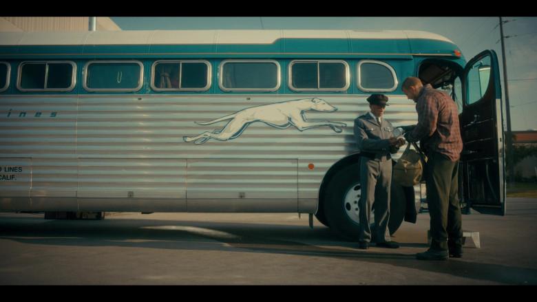 Greyhound Bus in The Umbrella Academy S02E05 (1)