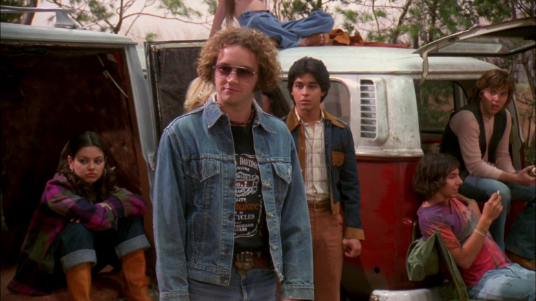 Harley-Davidson T-Shirt Outfit Worn by Danny Masterson as Steven Hyde in That '70s Show S02E06