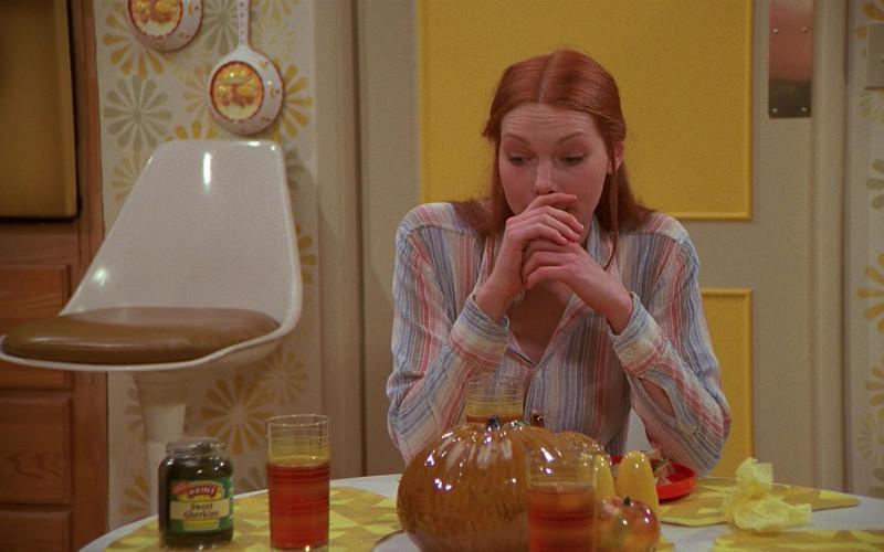 Heinz Sweet Gherkins in That '70s Show S01E04