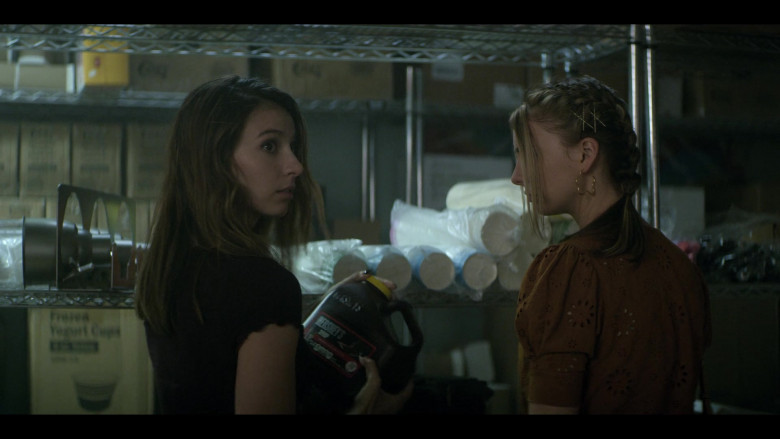 Hershey's Syrup Held by Anjelica Bette Fellini as Blair in Teenage Bounty Hunters S01E01 (2)