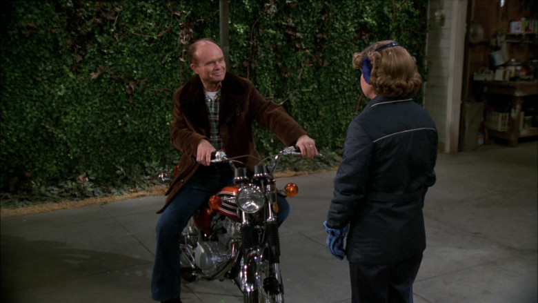Honda Motorcycle of Kurtwood Smith as Red Forman in That '70s Show S02E17 (4)