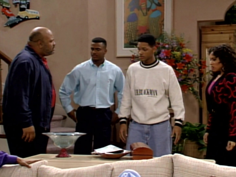 I.B. Blackman White Sweatshirt and Blue Jeans Outfit of Will Smith (3)