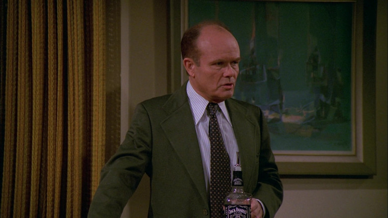Jack Daniel's Whiskey Enjoyed by Kurtwood Smith as Red Forman in That '70s Show S02E14 (2)