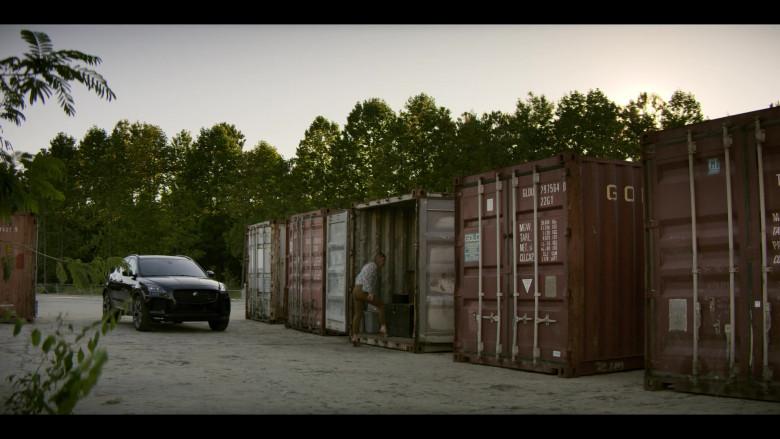 Jaguar E-Pace Black Car of Virginia Williams as Debbie in Teenage Bounty Hunters S01E06 (2)