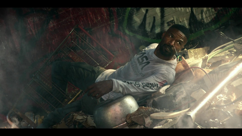 Jamie Foxx Wears Mister Tee Nasa United States White Longsleeve Top Outfit in Project Power Movie (1)