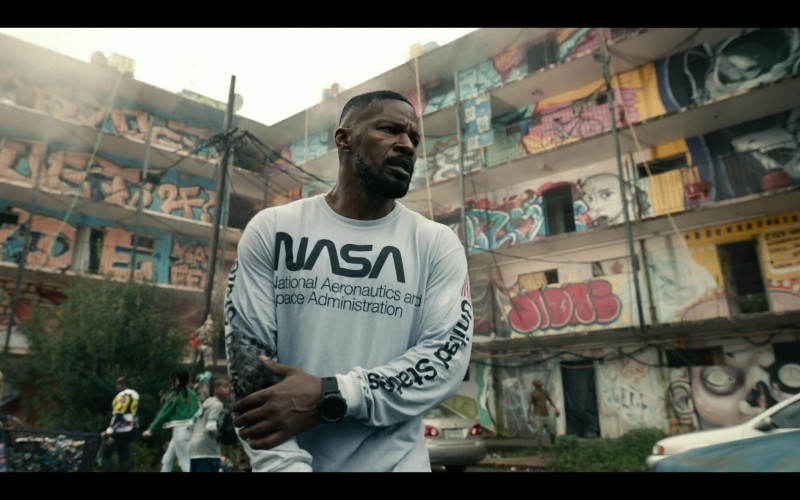 Jamie Foxx Wears Mister Tee Nasa United States White Longsleeve Top Outfit in Project Power Movie (3)