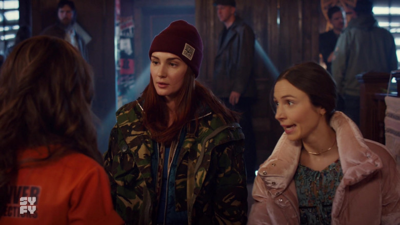 Katherine Barrell as Nicole Wears Camp Brand Goods Beanie Outfit in Wynonna Earp S04E03 TV Show (1)