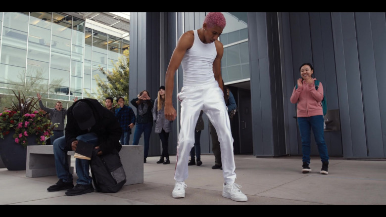 Keiynan Lonsdale Wears Nike White Shoes and Tracksuit Outfit in Work It Movie (3)