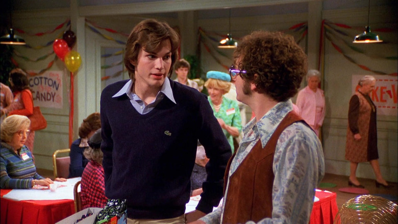 Lacoste Blue Sweater Outfit Worn by Ashton Kutcher as Michael in That '70s Show S03E20 (2)