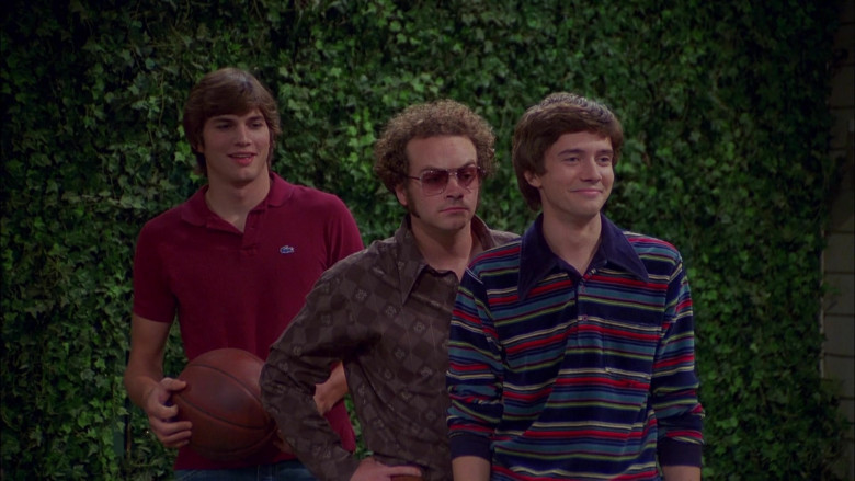 Lacoste Shirt Outfit Worn by Ashton Kutcher as Michael Kelso in That '70s Show S04E05 (1)