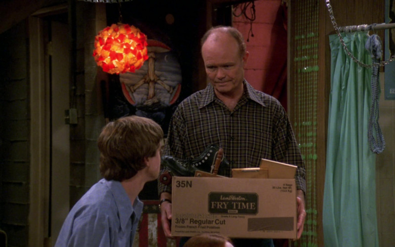 Lamb Weston Box Held by Kurtwood Smith as Red Forman in That '70s Show (2)