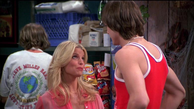Lay's, Fritos & Doritos Chips in That '70s Show S05E01