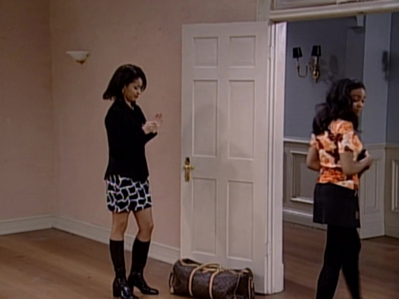 Louis Vuitton Bag in The Fresh Prince of Bel-Air S06E24 (3)