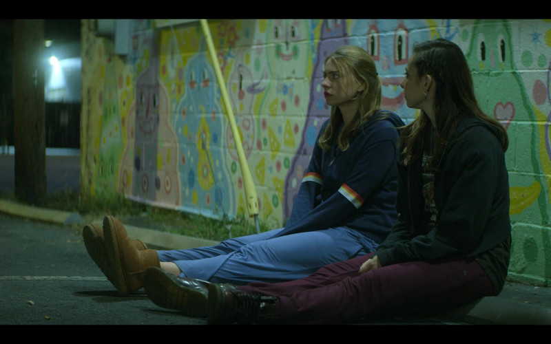 Maddie Phillips as Sterling Wears UGG Boots, Hoodie and Blue Pants Outfit in Teenage Bounty Hunters TV Show by Netflix