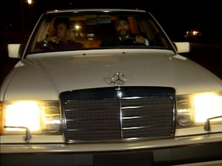 Mercedes-Benz 300 E [W124] Car Used by James Avery as Philip Banks in The Fresh Prince of Bel-Air S01E15 TV Show