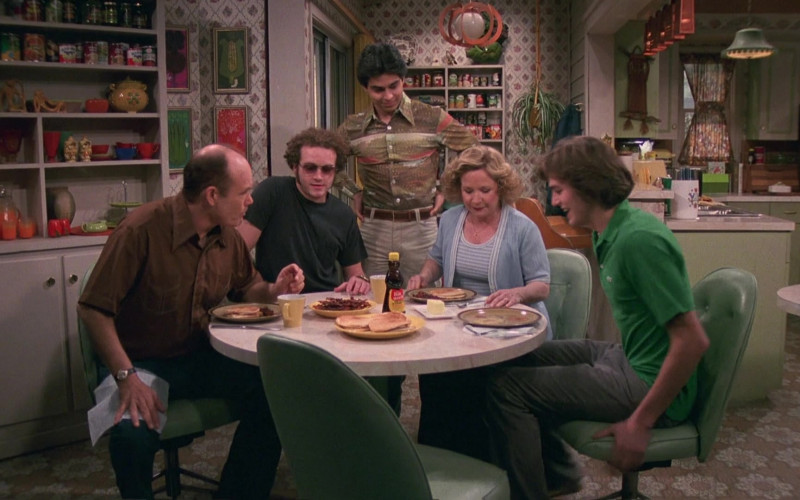 Mrs. Butterworth's Syrup in That '70s Show S04E02