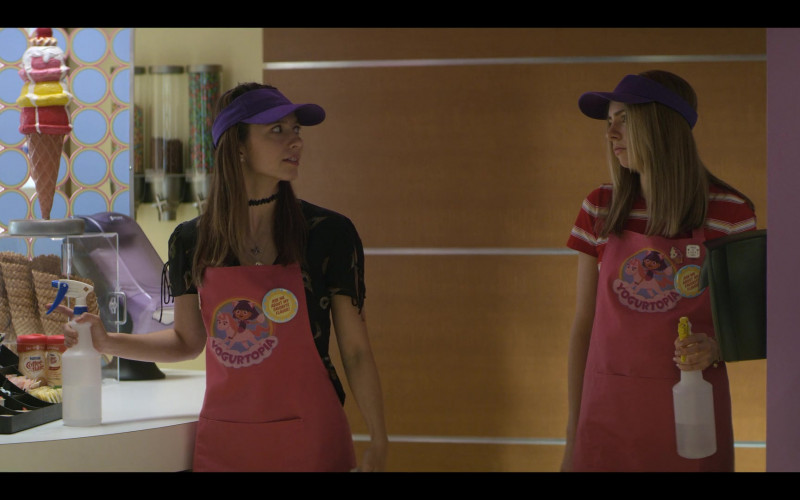Nestlé Coffee-mate Creamers in Teenage Bounty Hunters S01E04 (1)