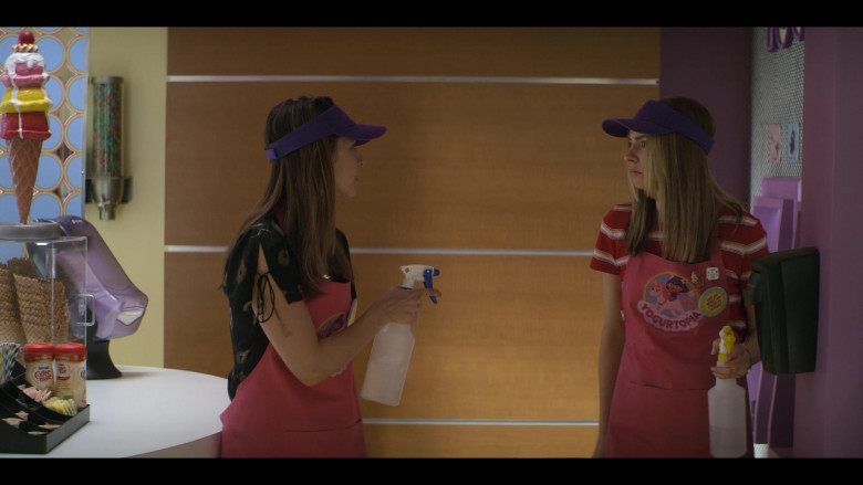 Nestlé Coffee-mate Creamers in Teenage Bounty Hunters S01E04 (2)