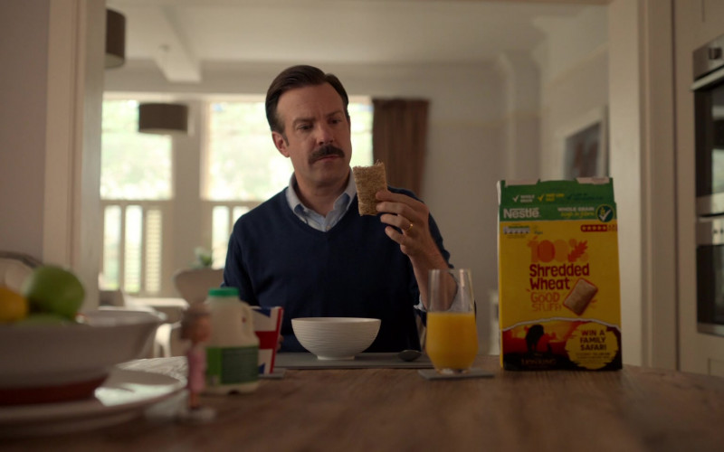 Nestle Shredded Wheat Cereal Enjoyed by Jason Sudeikis in Ted Lasso S01E02 (2)