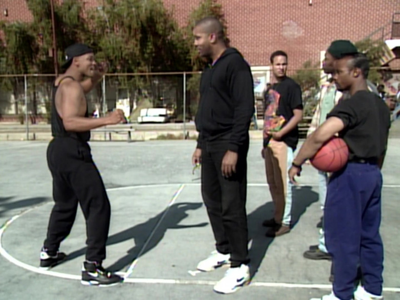 Nike Black High Top Sneakers of Will Smith in The Fresh Prince of Bel-Air S04E26 (3)