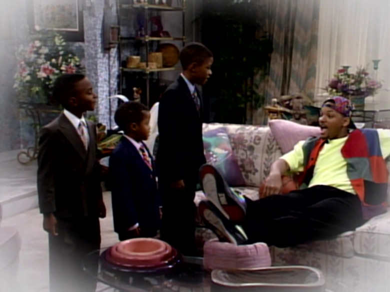 Nike Black Shoes Worn by Will Smith in The Fresh Prince of Bel-Air S03E16 (2)