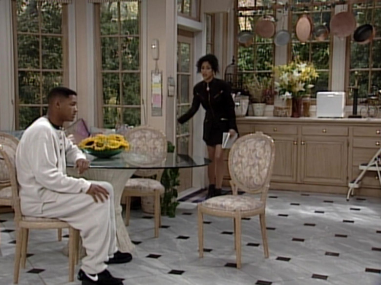 Nike Black Sneakers of Will Smith in The Fresh Prince of Bel-Air S05E03 (1)